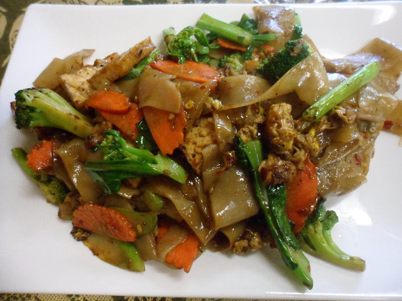 Pad See Ew (with Tofu) | Finest Thai ...